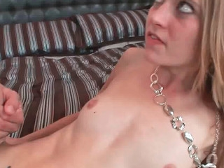Michelle Honeywell getting nicely rammed in her freshly shaved pussy